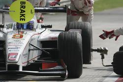 Pitstop practice for Nico Rosberg