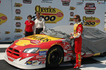 Evernham Motorsports announce plans for Erin Crocker to drive the #98 Cheerio's/Betty Crocker Dodge in the NASCAR Busch Series for the 2006 season: Erin Crocker with Ray Evernham and Laurie Greeno of General Mills