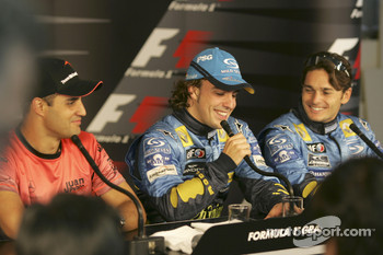 Press conference: pole winner Fernando Alonso with Juan Pablo Montoya and Giancarlo Fisichella