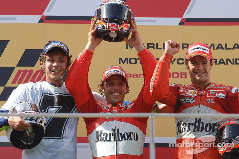 2005: 1. Loris Capirossi, 2. Valentino Rossi, 3. Carlos Checa