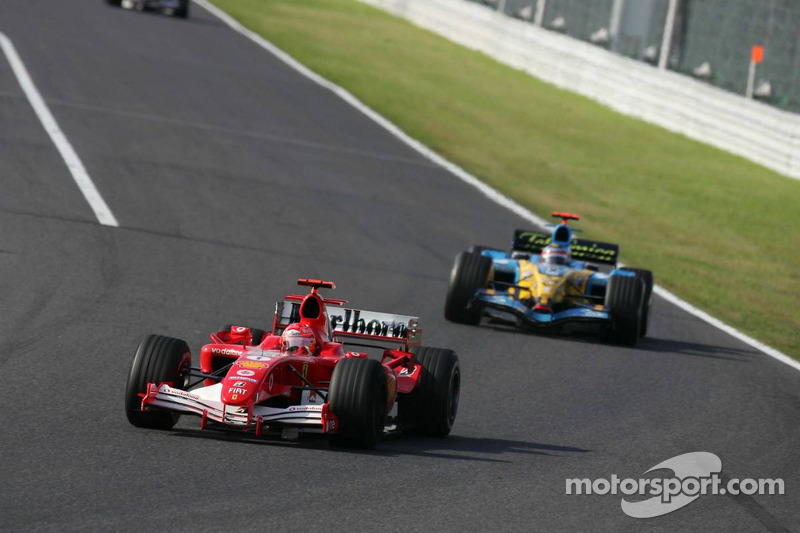 [Imagen: f1-japanese-gp-2005-michael-schumacher-a...battle.jpg]