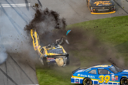 Huge crash for Regan Smith