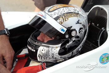 Oriol Servia's latest Dali-inspired helmet
