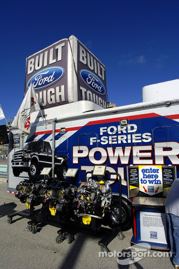 Ford Innovation Drive: a Ford F-150 power on display