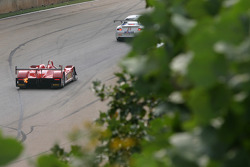 #30 Barazi Kruse-Motorsport Courage C-65 AER: Phil Bennett, Juan Barazi, Elton Julian