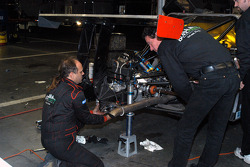 Gearbox repair on #50 Blackforest Motorsports Ford Multimatic