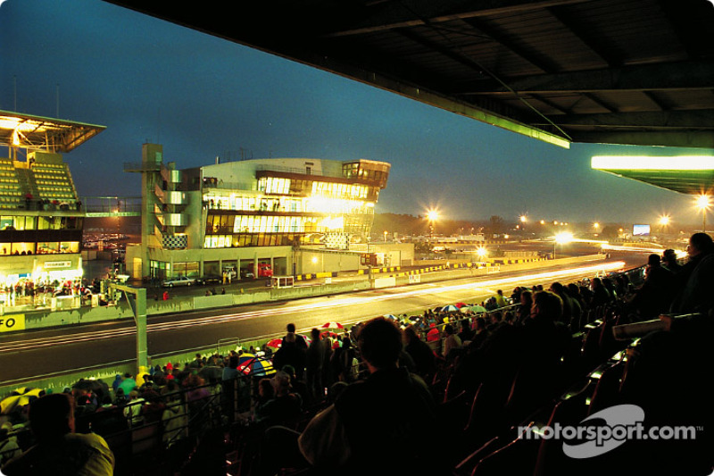 Night time racing under the lights