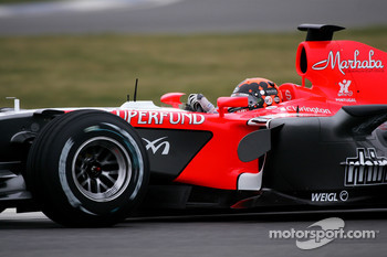 Christijan Albers tests the MF1 Racing M16
