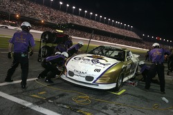Pitstop for Scott Sharp