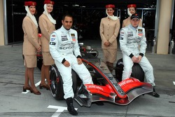 McLaren announces Emirates as a new sponsor: Kimi Raikkonen and Juan Pablo Montoya