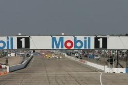 Start: #1 Audi Sport North America Audi R10 TDI Power: Frank Biela, Emanuele Pirro, Marco Werner leads the field