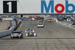#2 Audi Sport North America Audi R10 TDI Power: Rinaldo Capello, Tom Kristensen, Allan McNish on the move