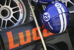 Lucas Di Grassi pit board