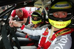Cora and Ralf Schumacher during a Taxi ride in a Toyota Corolla from the Rally WRC 1999