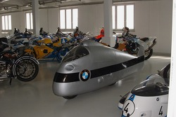 BMW speed record motorcycle