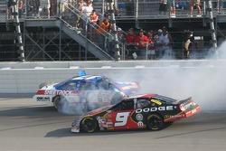 Kasey Kahne tries to miss a wrecking Matt Kenseth