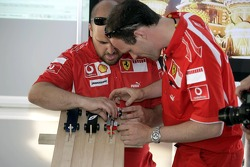 Red Bull chilled Thursday: Ferrari crew members and the Pinewood-Derby