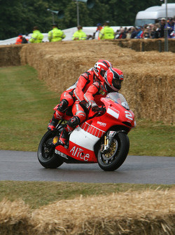 Ducati Desmosedici 'Pillion': Randy Mamola