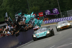 #1 Vitaphone Racing Team Maserati MC 12 GT1: Eric van de Poele, Michael Bartels, Andrea Bertolini celebrates win