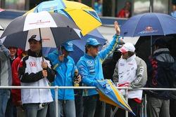 Drivers parade: Fernando Alonso and Giancarlo Fisichella
