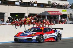 GT2 winner #62 Scuderia Ecosse Ferrari 430 GT2: Nathan Kinch, Andrew Kirkaldy