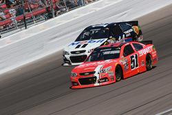 Justin Allgaier, HScott Motorsports Chevrolet and Tony Stewart, Stewart Haas Racing Chevrolet