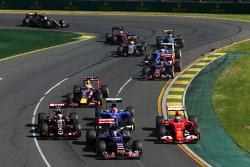 Start: trouble for Kimi Raikkonen, Scuderia Ferrari