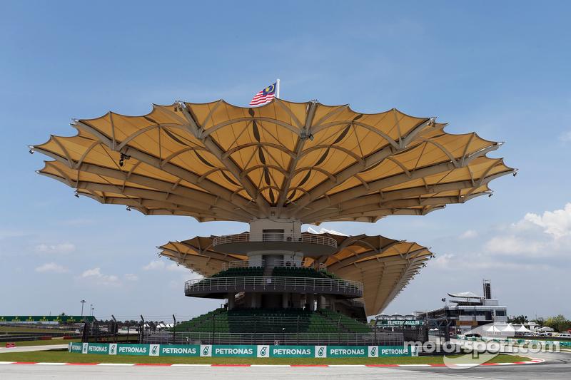 Формула 1 Inside Grand Prix: Малайзия. Часть 1