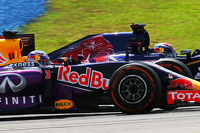 Daniel Ricciardo, Red Bull Racing RB11 and Max Verstappen, Scuderia Toro Rosso STR10