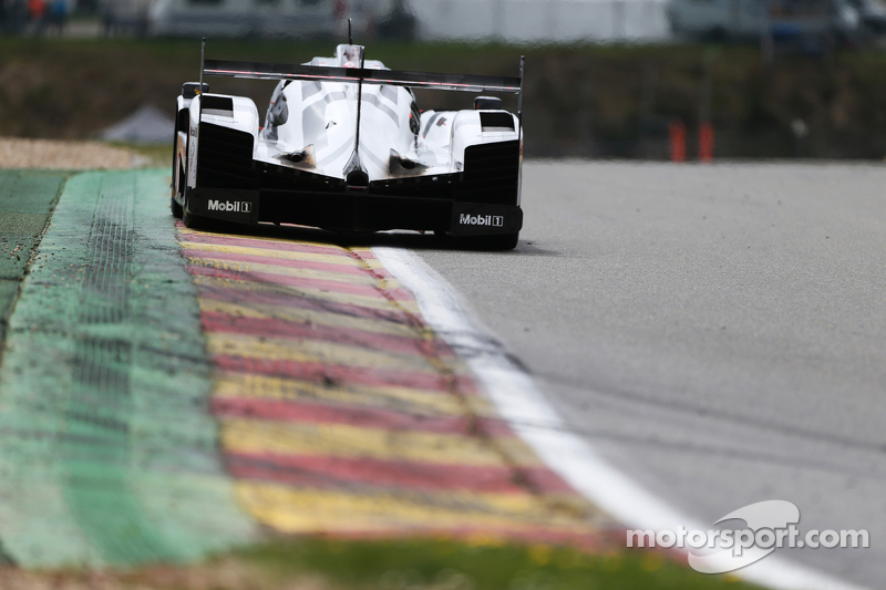 #17 Porsche Team 919 Hybrid: Timo Bernhard, Mark Webber, Brendon Hartley
