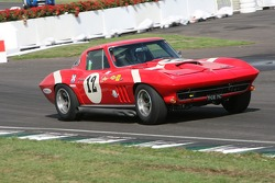 Chevrolet Corvette Sting Ray: David Cooke, Peter Brock