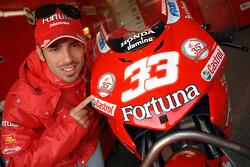 Marco Melandri celebrates the 35th anniversary of Honda Italia