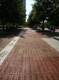 Visit of Atlanta: names engraved in bricks at the Olympic Park
