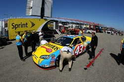 One last technical inspection for the Cheerios Dodge