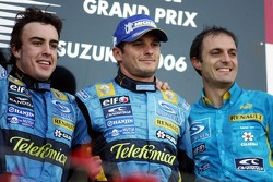 Podium: race winner Fernando Alonso with Giancarlo Fisichella and Frederic Lom