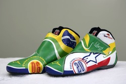 Racing shoes in new design of Vitantonio Liuzzi