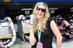 Formula Unas: Claire Falkiner