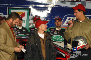 Mark Martin receives the Busch Pole Award