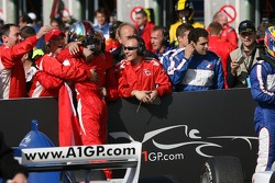 James Hinchcliffe celebrate 2nd place