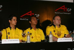 A1GP press conference: Alex Yoong, Fairuz Fauzy and Jack Cunningham