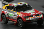 Stéphane Peterhansel in the Mitsubishi Pajero / Montero Evolution