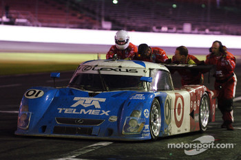 A stall for #01 TELMEX Chip Ganassi with Felix Sabates Lexus Riley: Scott Pruett, Salvador Duran, Juan Pablo Montoya