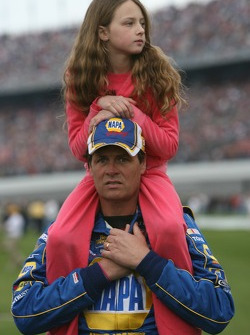 Michael Waltrip with his daugther