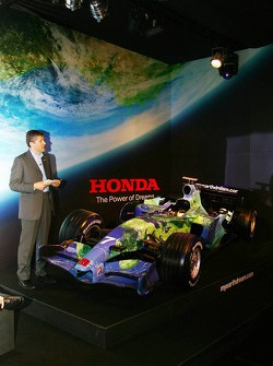 Honda F1 Racing RA107 and Nick Fry, Honda Racing F1 Team, Chief Executive Officer