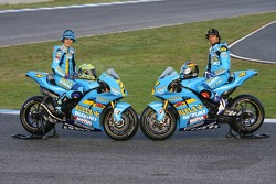 Rizla Suzuki: Chris Vermeulen and John Hopkins pose with their Suzuki XRE4 bike