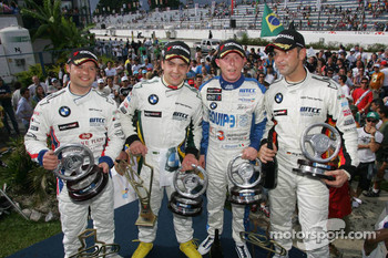 Augusto Farfus, BMW Team Germany, BMW 320si WTCC, 2nd, Andy Priaulx, BMW Team UK, BMW 320si WTCC, 3rd, Jorg Muller, BMW Team Germany, BMW 320si WTCC