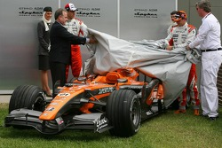 Adrian Sutil, Spyker F1 Team, Christijan Albers, Spyker F1 Team and Victor Muller, Chief Executive Officer of Spyker Cars N.V. and Spyker F1 Team,  Spyker F1 Team, Announce new title sponsor, Etihad Airways