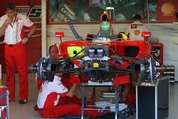 Scuderia Ferrari, F2007, garage