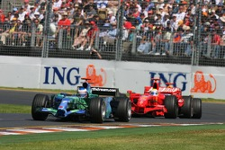 Jenson Button, Honda Racing F1 Team, RA107 leads Felipe Massa, Scuderia Ferrari, F2007