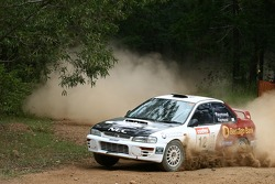 Bendigo Bank car of Glen Raymond and Matt Raymond